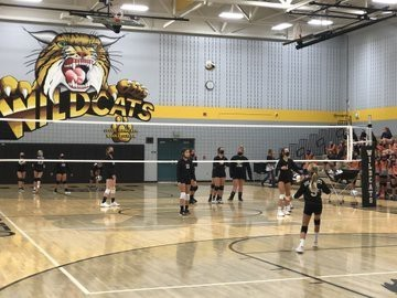 Volleyball Wins Both SVMS Invitationals